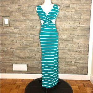 Streetwear Society green cut-out maxi dress